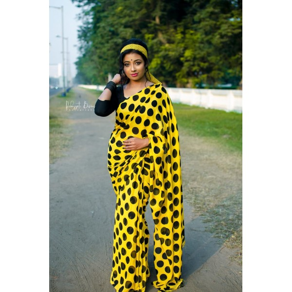 Polka Print, Printed Daily Wear Georgette Saree  (Yellow, Black)