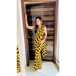 Polka Print, Printed Daily Wear Georgette Saree  (Yellow, Black)